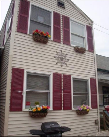 Saco Maine Vacation Rental - Clamshell Cottage